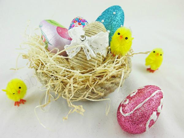uovo di pasqua con glitter