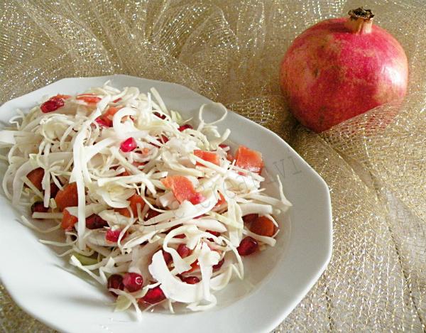 insalata cavolo verza, salmone e melagrana