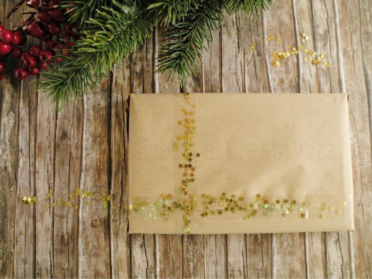 pacchetto natalizio