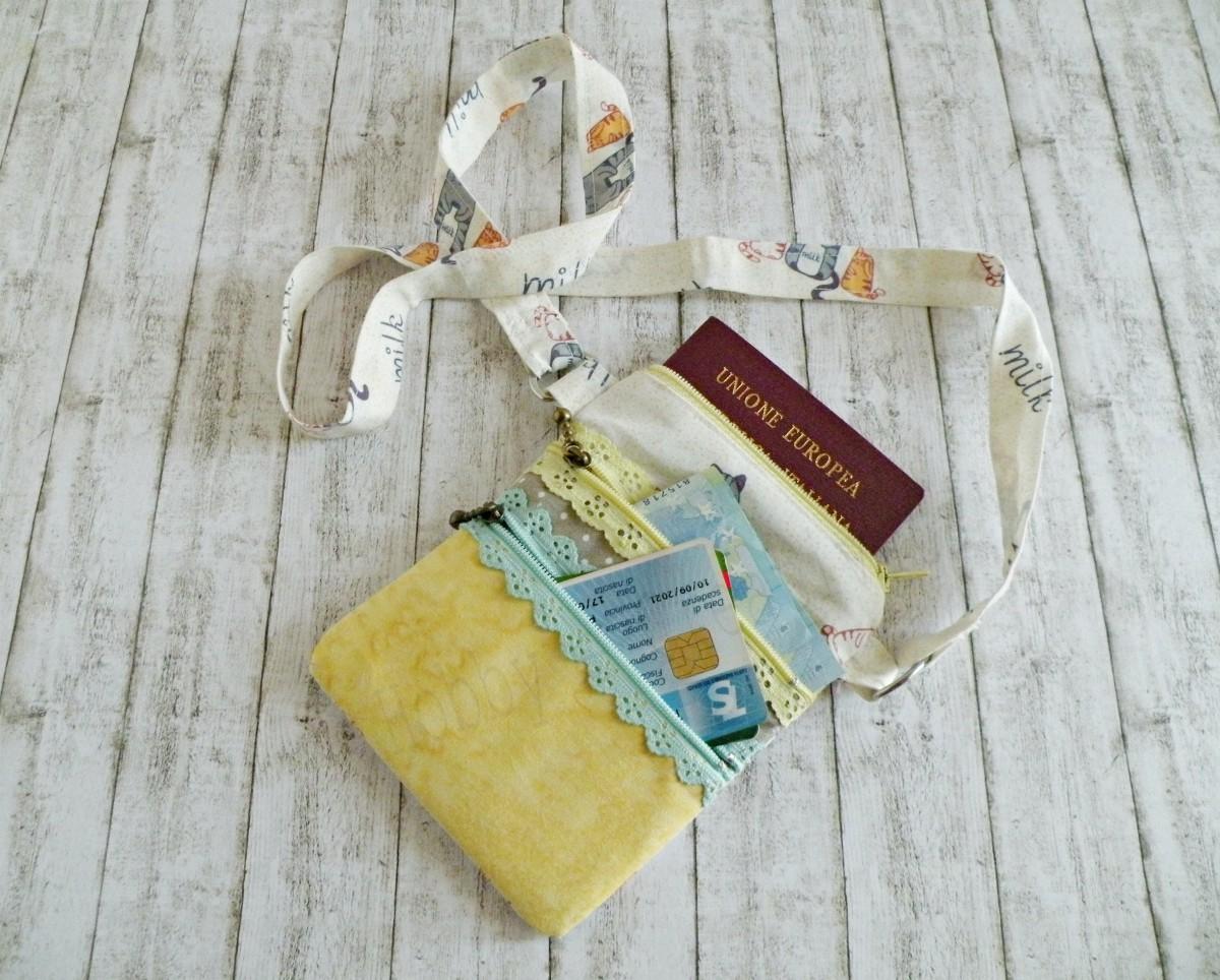 porta passaporto e documenti