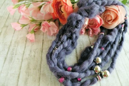 collana con la lana